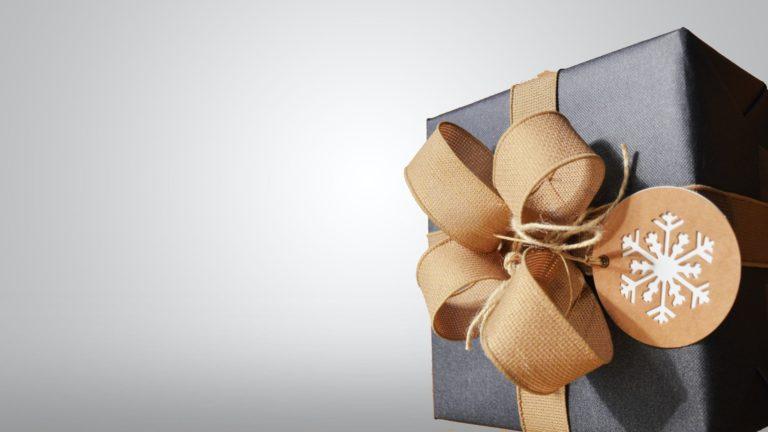 Ein Weihnachtsfest, verpackt in Lob